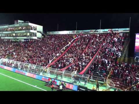 Salida Equipos - Liga Deportiva Alajuelense 0 - 0 Heredia - Con la Gloriosa #12 - La 12 - Alajuelense