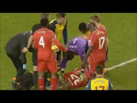 Liverpool Vs Arsenal 21.12.2014 - Martin Skrtel Injured