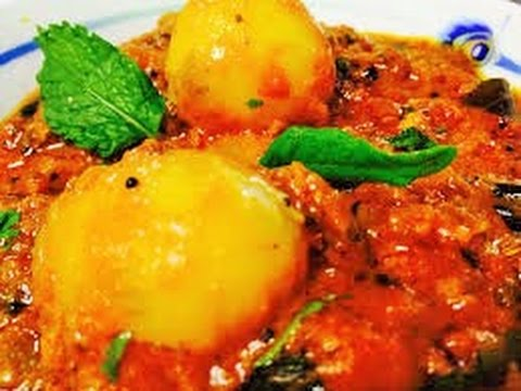 Dum Aloo (Baby Potatoes cooked in spicy gravy)