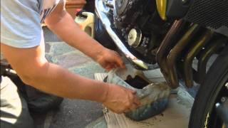 10. Oil & Filter Change Honda CB1000R.wmv