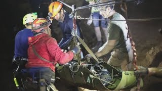 Video Thai cave rescue: Canadian member of rescue team recounts mission to save boys and coach MP3, 3GP, MP4, WEBM, AVI, FLV Maret 2019