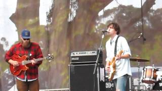 "Cass McCombs at Hardly Strictly Singing ""Not the Way"""