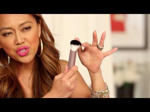 Cómo Seleccionar Los Pinceles De Maquillaje Adecuados Con Mally Roncal! ...