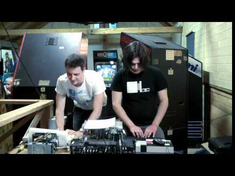 Squarewave Orchestra - System 418 Failure (live at ArcadeHry 2012-05-12)
