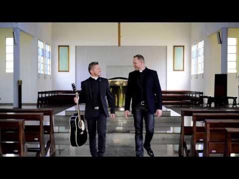 Clipe Santíssima - Padre Rodrigo Papi e Padre Sérgio Bedin