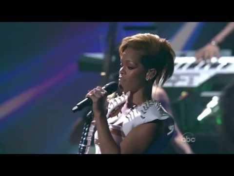 Rihanna - Wait Your Turn & Hard (AMA 2009)
