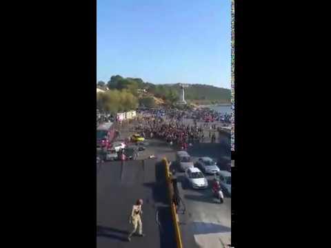 Video - Συνεχίζεται η ένταση στη Μυτιλήνη