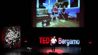 Advertising civile che nasce dal basso: Pasquale Diaferia at TEDxBergamo