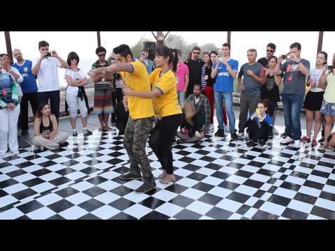 Baila Mundo - Jota Júnior e Alini Lima (8º Baila Costão) (видео)