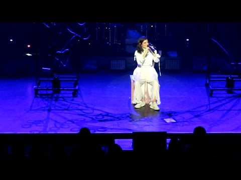 Video Lorde has a little cry on stage during her 'Liability' speech; + song. Christchurch NZ, 9Nov2017 download in MP3, 3GP, MP4, WEBM, AVI, FLV January 2017