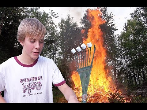 🔥One TOTALLY Out Of CONTROL Marshmallow Roasting FIRE! 🔥 - Vlog E247 Kenora #7
