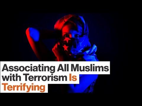 Creating a Muslim Registry and Stereotyping Terror Is Dangerously Un-American  | Amani Al-Khatahtbeh (видео)