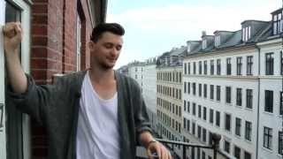 http://studyindenmark.dk/ Michael from Canada is studying Kinesiology in Copenhagen. In this video he talks about his...