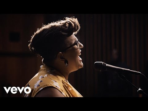 VIDEO: ALABAMA SHAKES - Dunes (Official Video - Live from Capitol Studio A)