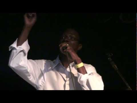 Dussavu Dueni - Live