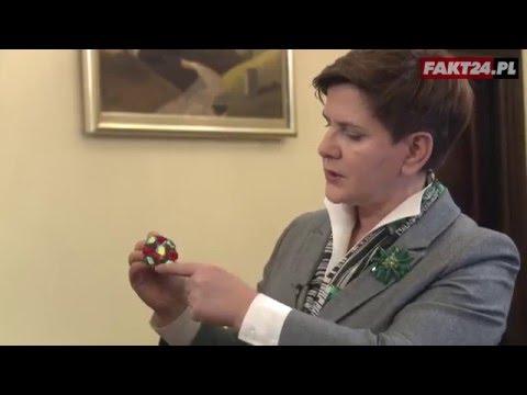 Premier Szydło odsłoniła tajemnicę swoich broszek
