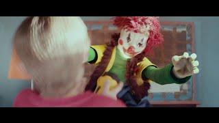 Nonton Poltergeist 2015   Scary Clown Scene Film Subtitle Indonesia Streaming Movie Download