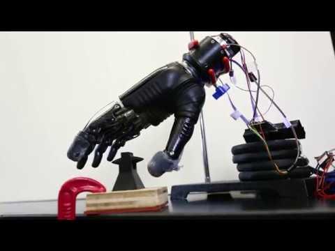 Хопкинс ресеарчер девелопс електроник сенсори глове фор просзетикс