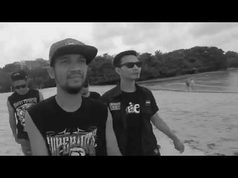Download Lagu Superiots - Lepas Kendali (Official Video) Music Video