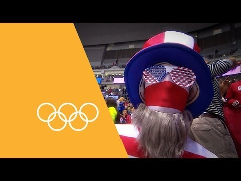 Incredible Scenes From The Fans Of Sochi | 90 Seconds Of The Olympics