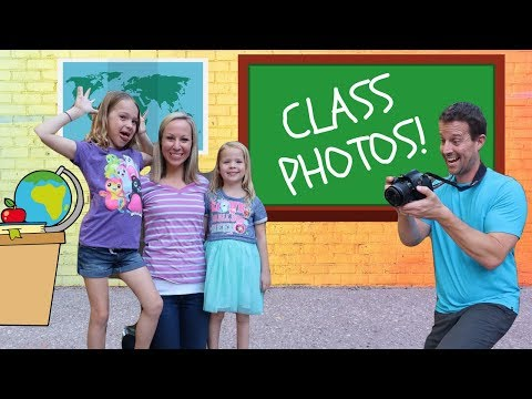 Class Picture Day at FAKE Toy School !!!