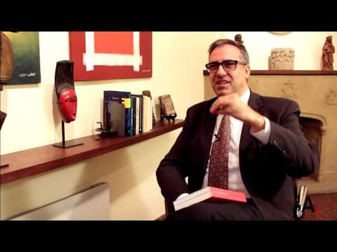 Entrevista Albert Cortina, coordinador del libro '¿Humanos o posthumanos?'