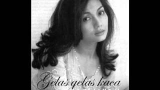 Download lagu Nia Daniati Gelas Gelas Kaca Mp3