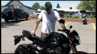 1. Testing the 2011 Yamaha FZ8 and Yamaha Fazer 8