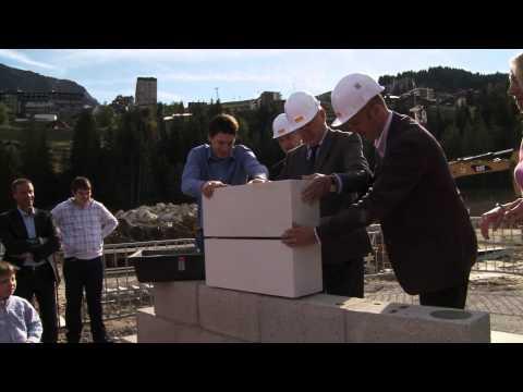 Pose de la première pierre - 06/10/2012
