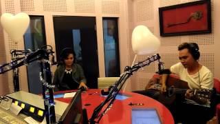 Nina Wang dan Dodhy Kangen live @Radio Cakra Bandung