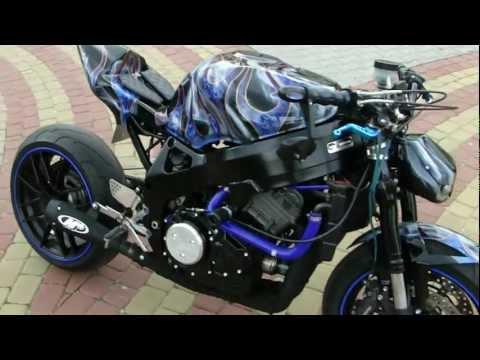 ARNO CBR 900 Streetfighter VENOM pt2