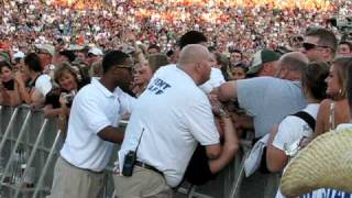 Don't Mess With Security-Kenny Chesney Dallas Make-Up Show