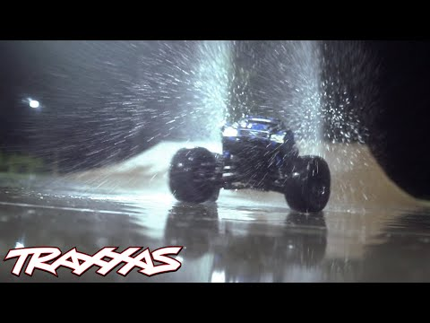 Traxxas X-Maxx: Rain Session