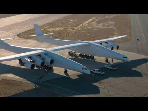 Stratolaunch: Das weltgrößte Flugzeug macht die erste ...