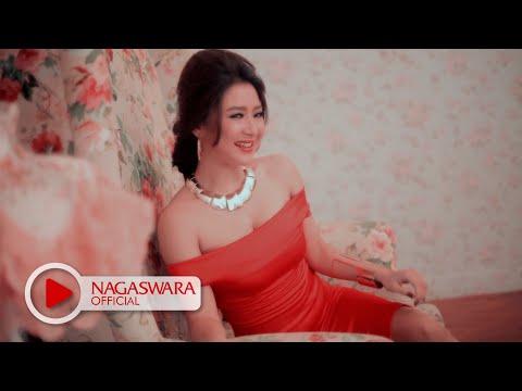 Video Lynda Moy - Jagung Bakar (Official Music Video NAGASWARA) #music download in MP3, 3GP, MP4, WEBM, AVI, FLV January 2017