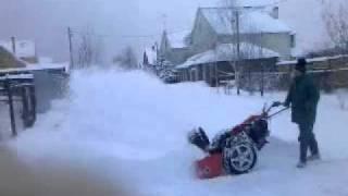 Уборка снега2011-12-23.wmv агро