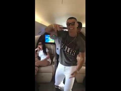 Vacchi, scansati: ora in aereo balla Cristiano Ronaldo!