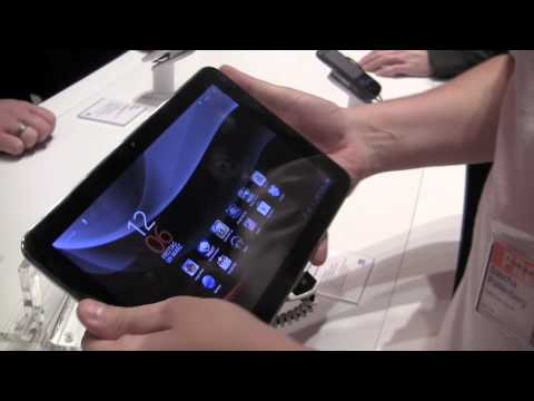 Vodafone SmartTab 10 Android Tablet Hands on at CeBit 2012