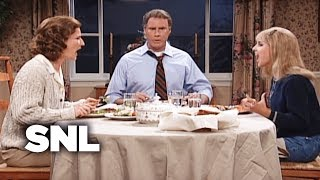 Video Dysfunctional Family Dinner - SNL MP3, 3GP, MP4, WEBM, AVI, FLV September 2018