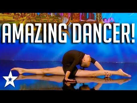 CONTORTIONIST'S Flexible Dance Moves Impress The Judges On Asia's Got Talent | Got Talent Global