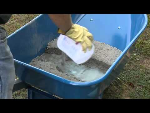 How to Hand Mix Concrete with QUIKRETE