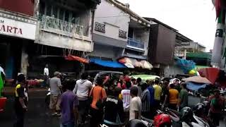 Video Anggota Dishub Dikeroyok Crew GTV MP3, 3GP, MP4, WEBM, AVI, FLV September 2018