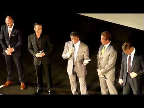 The Expendables 2 - Paris - Stallone, Van Damme, Schwarzenegger, Statham, Lundgren.
