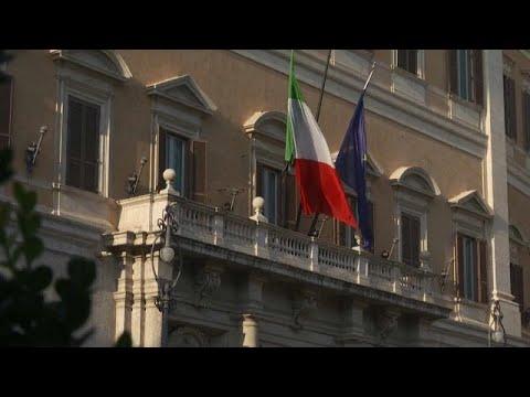 Ιταλία: Eπαφές για τον σχηματισμό κυβέρνησης