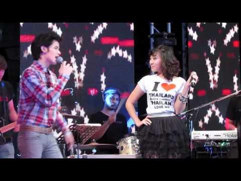 หนุ่มนาข้าวสาวนาเกลือ - 09. Joy Tao AF8 - หนุ่มนาข้าวสาวนาเกลือ มินิคอนคู่ You&Me เพราะเธอคนเดียว..คนรักปากร้าย 29/04/12 @ Slim RCA.