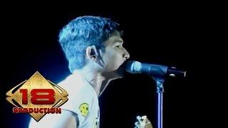 Video KONSER - Ungu - Masih Disini @Live Surabaya 18 Oktober 2007 MP3, 3GP, MP4, WEBM, AVI, FLV Agustus 2018