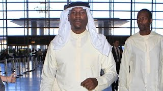 Nonton Tyrese Wears Traditioanl Arab Clothing At LAX On His Way To Middle East Film Subtitle Indonesia Streaming Movie Download