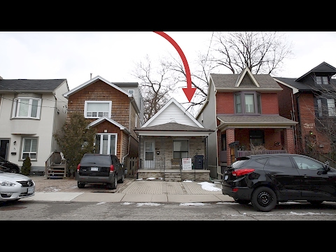 This tiny Toronto house sold for $370,000 over asking