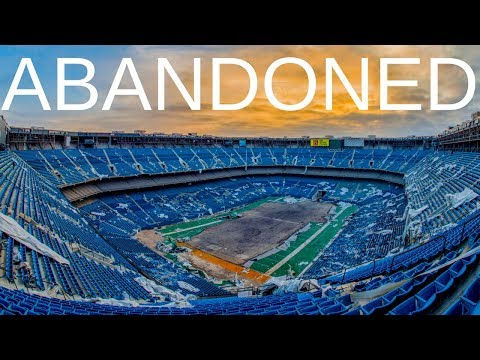 An Eerie Look at the Abandoned Pontiac Silverdome Former Stadium of the Detroit