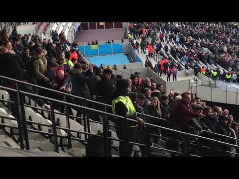 Chelsea Vs West Ham Fans Brawl. London Stadium. 22/09/2018